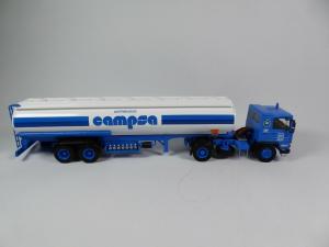 Macheta camion cisterna Pegaso 1231, scara 1:432