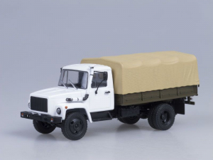 Macheta camion cu prelata GAZ 3309, scara 1:430