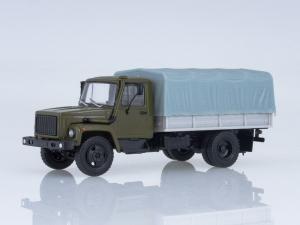Macheta camion cu prelata GAZ-3309, scara 1:430