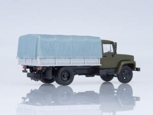 Macheta camion cu prelata GAZ-3309, scara 1:431