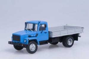 Macheta camion GAZ 3309, scara 1:430