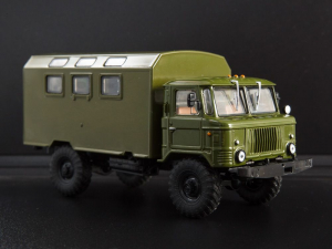 Macheta camion GAZ-66 cu duba de persoane, scara 1:430