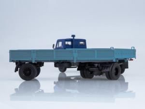 Macheta camion Kamaz 5320 cu remorca, scara 1:431