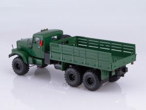 Macheta camion Kraz 255B1, scara 1:431