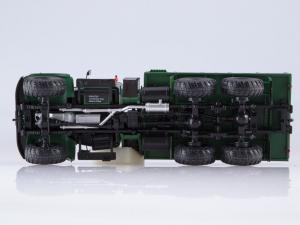 Macheta camion Kraz 255B1, scara 1:432