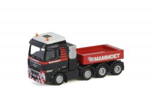 Macheta camion MAN TGX XXL 8x4, scara 1:872