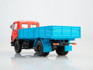 Macheta camion MAZ-5337, scara 1:431