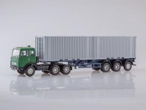 Macheta camion MAZ6422 cu semiremorca transcontainer MAZ928920, scara 1:430