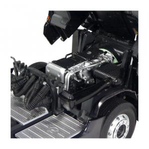 Macheta camion Mercedes Actros cu semiremorca transport auto, scara 1:1811