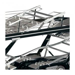 Macheta camion Mercedes Actros cu semiremorca transport auto, scara 1:184