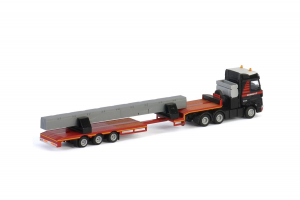 Macheta camion Mercedes Actros MP4 cu trailer telescopic si grinda, scara 1:872