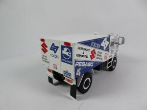 Macheta camion raliu Pegaso 3046 Dakar, scara 1:431