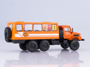 Macheta camion URAL-4322 duba de persoane, scara 1:431