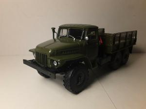 Macheta camion Ural375D, scara 1:430
