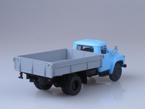 Macheta camion ZIL 130-76, scara 1:431