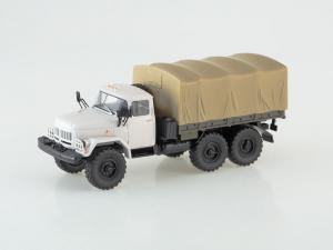 Macheta camion ZIL 131, scara 1:433