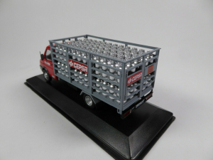 Macheta camioneta Iveco Pegaso Daily, scara 1:431