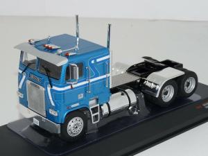 Macheta cap tractor Freightliner FLA, scara 1:431