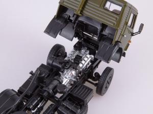 Macheta cap tractor Kamaz 54112 cu cimentruc, scara 1:435