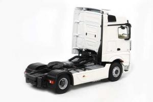 Macheta cap tractor Merceeds Actros Bigspace MP4 4x2, scara 1:501
