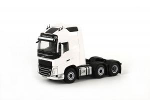 Macheta cap tractor Volvo FH4 Globetrotter XL 6x2, scara 1:500