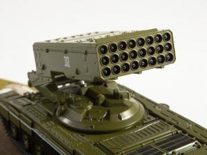 Macheta lansator de rachete rusesc T90-TOS1A, scara 1:433