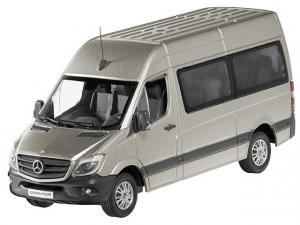 Macheta minibus Mercedes Sprinter 2013, scara 1:430