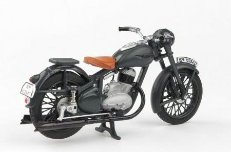 Macheta motocicleta Jawa 250 Perak  Wermacht, scara 1:181