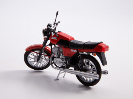 Macheta motocicleta cehoslovaca Java 350/638, scara 1:248