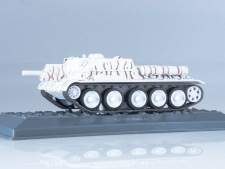 Macheta tanc rusesc SU-122 din 1943, scara 1:43 [1]