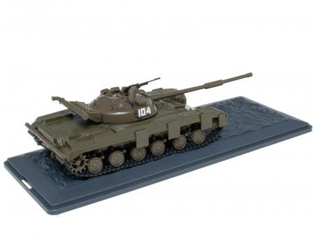 Macheta tanc rusesc T-64B 1976, scara 1:43 [1]
