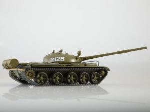 Macheta tanc rusesc T-62, scara 1:432
