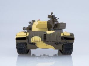 Macheta tanc rusesc T-72A, scara 1:432