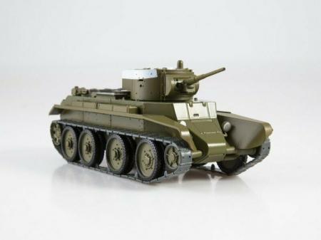 Macheta tanc rusesc BT-7, scara 1:43 [1]