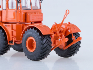 Macheta tractor K-701 Kirovets, scara 1:432