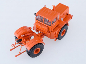Macheta tractor K-701 Kirovets, scara 1:431