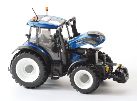 Macheta tractor Valtra N174, scara 1:32 [1]