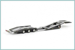 Macheta trailer transportor camioane Estepe, scara 1:501