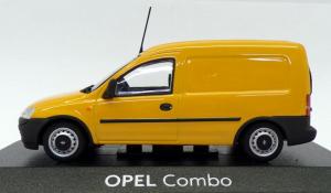 Macheta Opel Combo C, scara 1:432