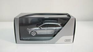 Macheta auto Audi Q7, scara 1:434