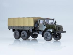 Macheta camion cu prelata Ural 4322, scara 1:43 [6]