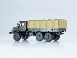 Macheta camion cu prelata Ural 4322, scara 1:43 [2]