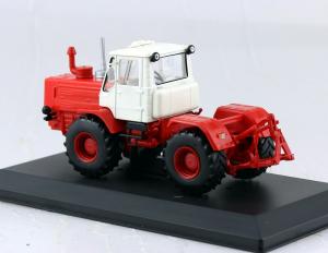 Macheta tractor T-150K Ucraina, scara 1:431