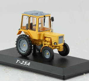 Macheta tractor T-25A Ucraina, scara 1:430
