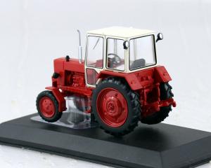 Macheta tractor UMZ-6A Ucraina, scara 1:431