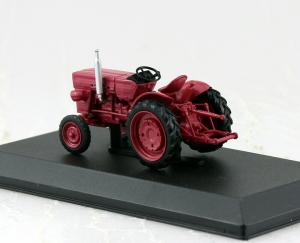 Macheta tractor Universal 445, Romania, scara 1:431