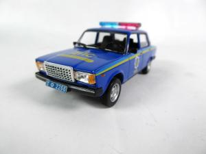 Macheta auto VAZ 2107, politia ucraineana, scara 1:431