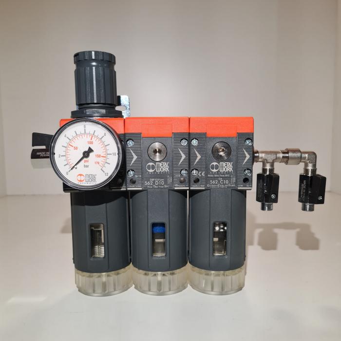 Baterie filtrare aer comprimat, MW B300, filtrare aer vopsitorie cu regulator, baterie 3 filtre, pana la 0.003 microni cu carbon activ, debit 800 l/min [1]