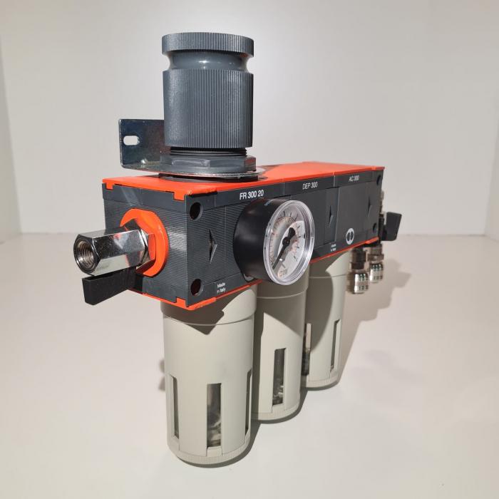 Baterie filtrare aer comprimat, MW D300, filtrare aer vopsitorie cu regulator, baterie 3 filtre, pana la 0.003 microni cu carbon activ, debit 950 l/min [2]