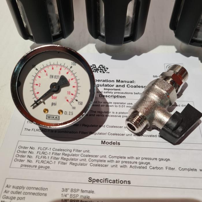 Baterie filtrare aer, DeVilbiss FLRCAC-1, filtrare aer cu regulator, baterie 3 filtre, pana la 0.003 microni cu carbon activ 4